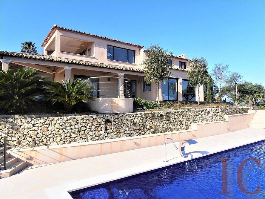 Vente maison contemporaine avec vue mer proche de Saint-Tropez