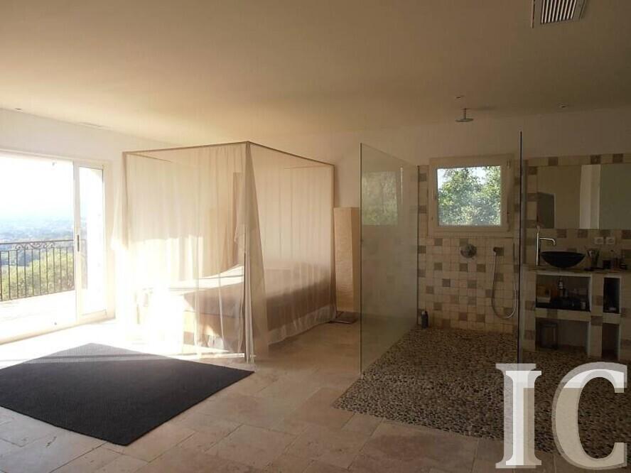 Apartment - Grimaud 83310